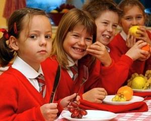 Copiii din gradinite, scoli si licee vor invata sa adopte un stil de viata sanatos