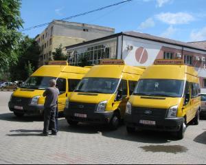 Se intampla in Romania: Guvernul va cumpara 600 de microbuze scolare, dar nu are cine sa le conduca