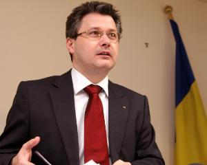 Ministrul Mihnea Costoiu ii asigura pe studenti ca bugetul pentru educatie va creste din 2014