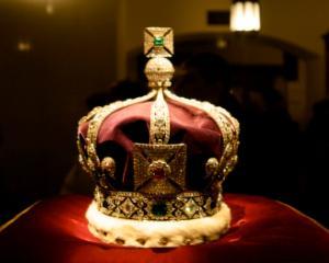 MEN anunta un nou curs optional pentru elevi: Istoria monarhiei romanesti