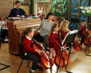Ministerul Educatiei anunta un program national de muzica clasica in toate scolile din Romania
