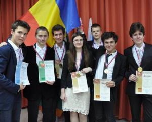 Rezultate Olimpiada Internationala de Limba Rusa: olimpicii romani au castigat 21 de premii