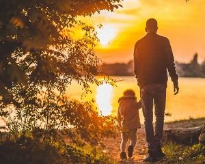 Sfaturi pentru parinti, de la psihologi. Cum sa cresteti un copil disciplinat si fericit