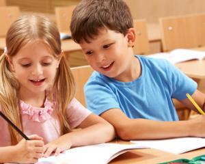 Codul Etic: amenzi pentru elevii care ii jignesc pe profesori