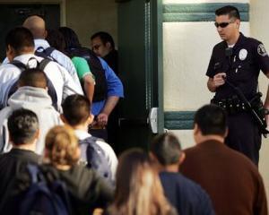 Candidatii la sesiunea de toamna a bacalaureatului, supravegheati de 9.000 de politisti