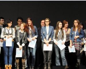 Primaria din Bacau premiaza cei mai buni elevi