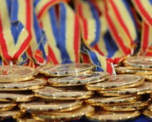 Elevii olimpici si cei cu media 10 la bacalaureat au fost premiati de Consiliul Judetean Timis
