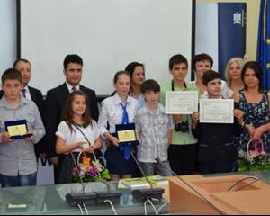 MEN a premiat 10 scoli pentru organizarea activitatilor extrascolare pentru elevi