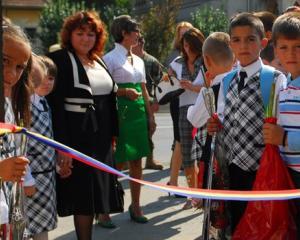 Prima zi de scoala pentru copii, zi libera de la serviciu pentru parinti