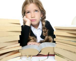 Top 5 activitati care ii ajuta pe elevi sa invete mai usor inainte de examene