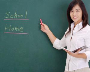 Pregatirea pentru examenul  Cambridge English incepe cu profesorul