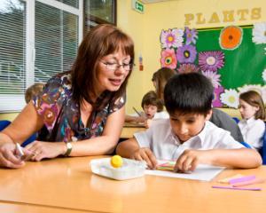 Profesor la clasa copilului tau? Cum te descurci?