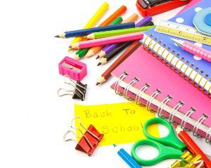 Peste 80.000 de elevi raman fara rechizite gratuite, desi banii au fost alocati deja inspectoratelor scolare