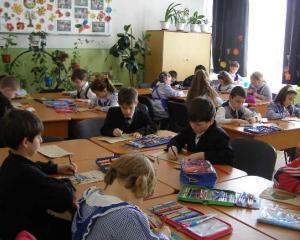 Contribuabilii ar putea redirectiona 2% din impozit catre scolile de stat