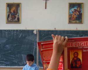 Parintii trebuie sa depuna pana pe 6 martie cereri pentru participarea elevilor la ora de Religie