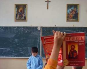 Patriarhia arata cum functioneaza cabinetele de religie din scoli
