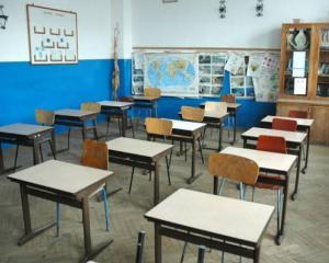 Peste 1.600 de scoli aflate in renovare nu au fost finalizate nici dupa 3 ani