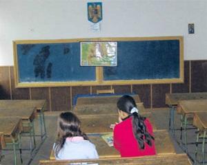 Statistica ingrijoratoare: Unul din doi copii nu promoveaza fie examenul de Evaluare Nationala, fie cel de Bacalaureat