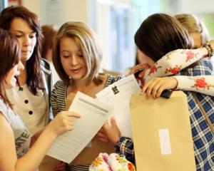 Rezultate simulare Evaluare Nationala: 50% dintre elevii de clasa a VIII-a nu au obtinut note de trecere
