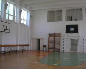 Sala de sport a Liceului Tehnologic din Draganesti-Olt va fi refacuta dupa incendiu
