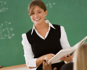 Rectificare bugetara: profesorii isi primesc inapoi salariile taiate in 2010