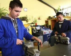 Scoala de meserii din Germania asigura locuri de munca pentru elevii romani