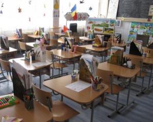 Scolile care raman inchise si vineri. Elevii intra direct in vacanta