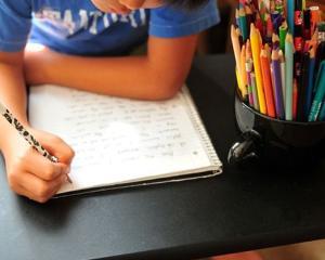 Activitati extrascolare: cursuri de scriere creativa pentru copii