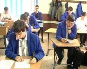 Doar 36% dintre elevii din Iasi au obtinut note de trecere la simularea examenului de Bacalaureat 2014