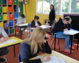 Au inceput inscrierile pentru Concursurile SMART 2013-2014