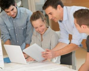 Stagii de practica pentru elevi in vacanta de vara