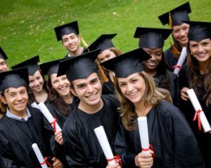 Studentii NU mai vor rectori parlamentari