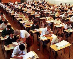 Scandal la Evaluarea Nationala 2014: parintii cer demisia cadrelor didactice care au realizat subiectele la limba romana
