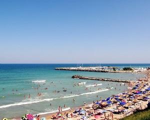 Scoli de vara pentru studenti, pe litoral. Primaria Capitalei asigura cazarea si mesele