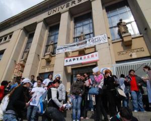 Facultatile Universitatii Bucuresti isi prezinta ofertele educationale pentru anul universitar 2014-2015