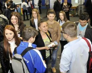PMB organizeaza Targul Oferta Educationala 2016, pentru elevii claselor a VII-a si a VIII-a