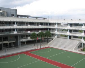 Cum vor fi modernizate mai multe scoli din Capitala: teren sportiv pe acoperis si bazine de inot