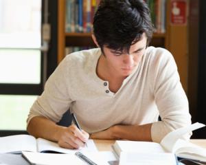 5 trucuri pentru a invata eficient inainte de Evaluarea Nationala si Bacalaureat