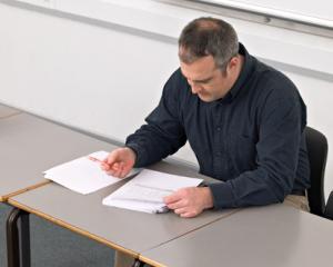 Deficit de cadre didactice: sute de posturi titularizabile au ramas vacante in intreaga tara