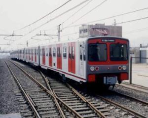 Elevii si studentii pot calatori gratuit cu trenul in perioada alegerilor parlamentare