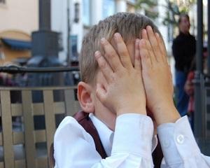 Nu va faceti copilul sa se simta rusinat! Iata care sunt efectele asupra lui
