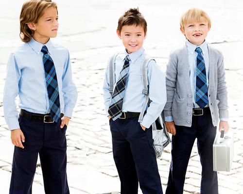 Cand este obligatorie uniforma scolara pentru elevi