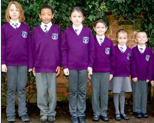Sondaj: pro sau contra uniformelor scolare?