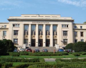Studentii Universitatii din Bucuresti au organizat un protest in care cer demisia Presedintelui Senatului