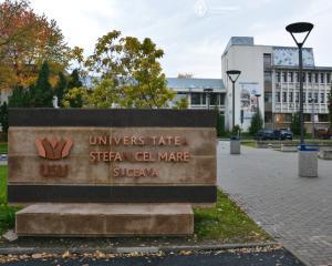Universitatea Suceava scoate la concurs peste 120 de locuri bugetate in sesiunea a doua de admitere