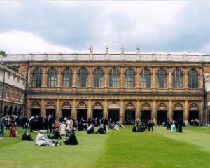 Efectul BREXIT:  universitatile britanice vin la Bucuresti