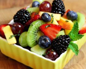 salata de fructe pentru copii